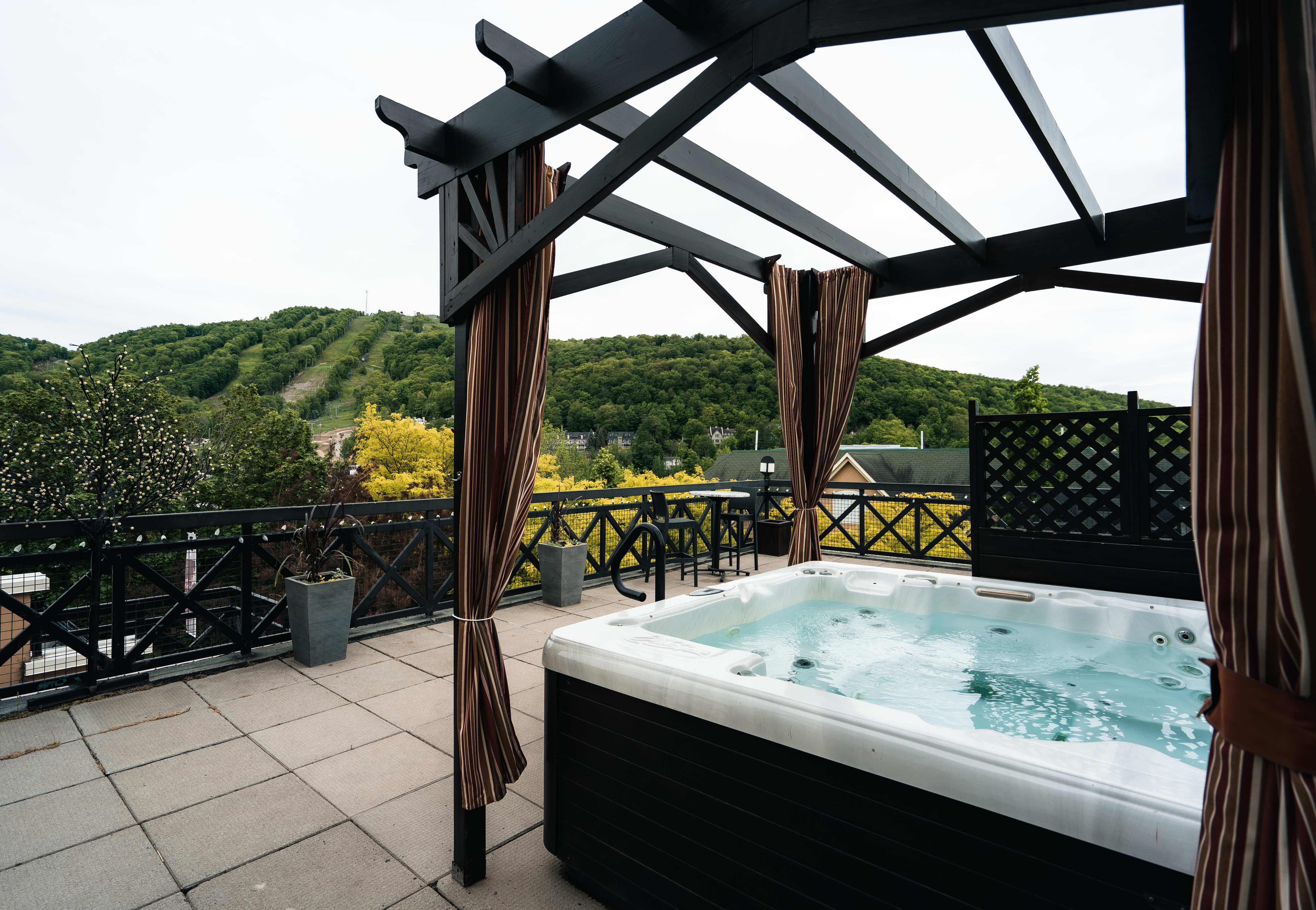 Terrasse - bain à remous